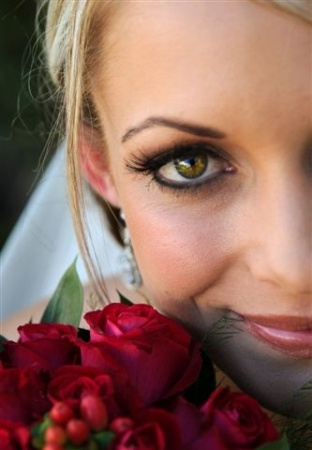 Mari: Mari Bridal Hair & Make-up 4