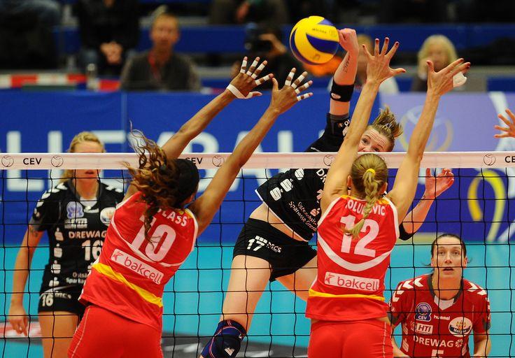 volley :)
