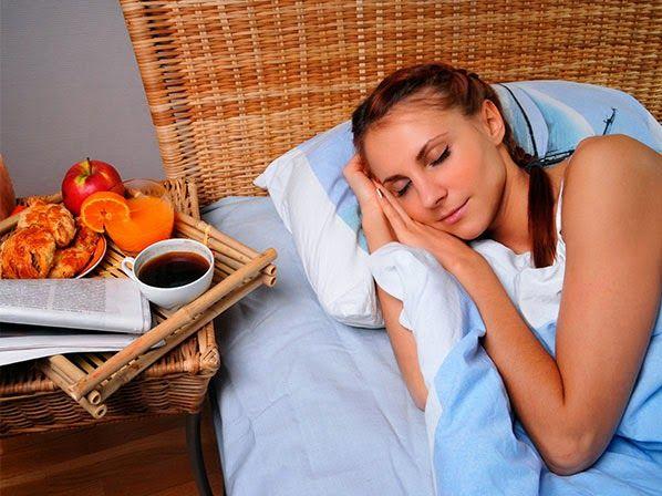 Como Curar El Insomnio-Alimentos Que Te Ayudan A Dormir.-Como Curar El Insomnio-Alimentos Que Te Ayudan A Dormir. Siempre que nosotros ingerimos alimentos que son de un alto índice de azúcar, ellos liberan una gran cantidad de glucosa en nuestro torrente sanguíneo.