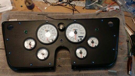 Custom c10 gauge cluster with glowshift gauges C10s
