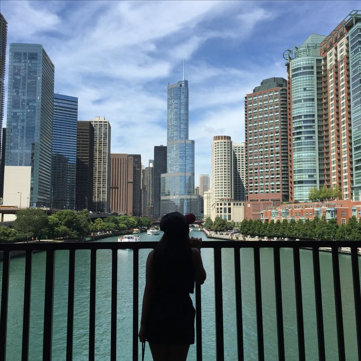 Chicago'd Best! #chitown #strollingintheheat #chicagoriver