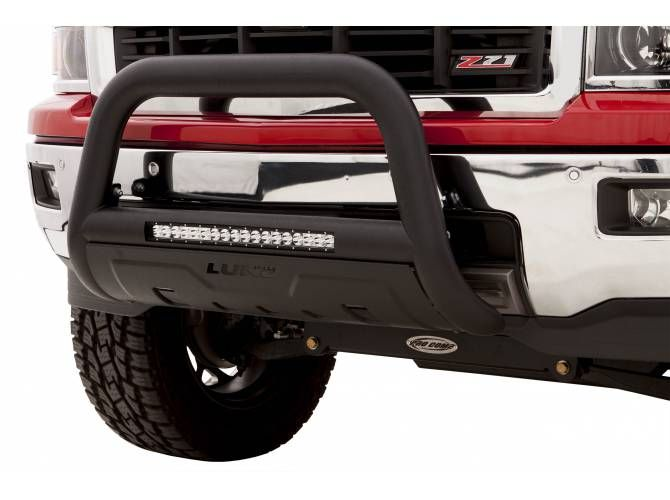 Light up the road and protect the front of your ride with a Lund LED bull bar. This bull bar is constructed from 3.5-inch thick oval steel tubing making it rugged and heavy duty. The Lund LED bull bar includes and integrated 20 inch LED light bar with a 54-watt flood beam pattern at 3K lumens. It's available in black powder-coat or polished stainless steel finishes, comes complete with steel skid plate, and has a hassle free no-drill installation.