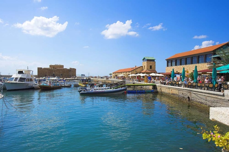 Paphos Harbour & Castle (and the best cafe Hobos)