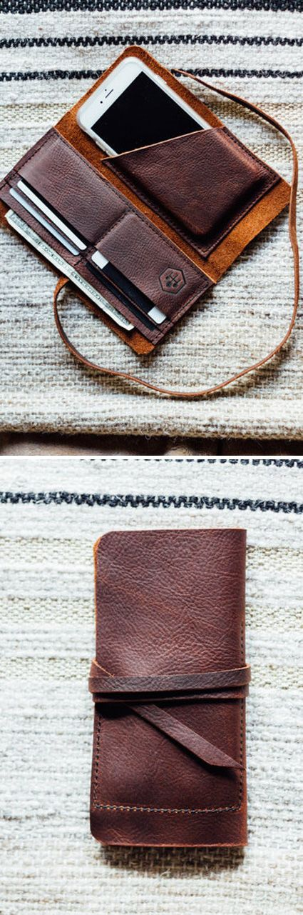 Bookmark this gift for dads, grads, and better halves: a hand-sewn leather wallet with room for all the essentials. #etsyfinds
