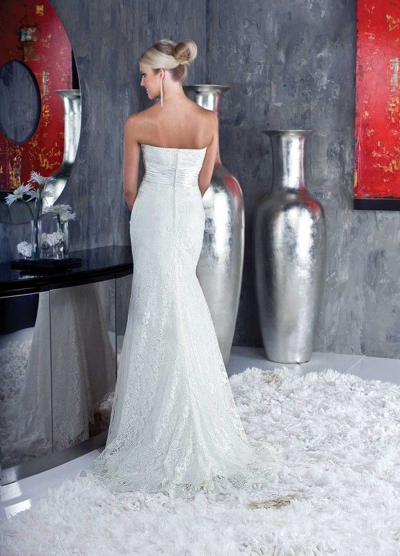Da vinci 8345 wedding dresses destination wedding for Destination plus size wedding dresses
