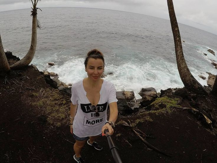 Big Island. Hawaii Trip <3  #annadziubek #bydziubeka #bracelet #hawaii #amazing #view #landscapes #hot #summer #bydziubekaintravel #travel #jewellery #fashion #bijoux #ootd #like #love #bigisland #hawaii #volcano #lava #ocean #travel #selfie #selfiegopro