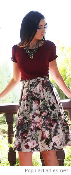 Floral skirt, burgunfy top and some nice accessories