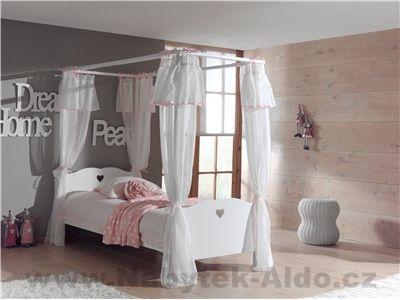 Dětská bílá postel se nebesy