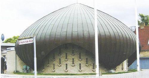Nusrat Jahan Mosque, Copenhagen - Denmark by Engr. Mazhar-ul-Haq Khan, via Flickr