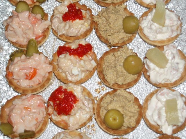 17 best images about tartaletas dulces y saladas on for Recetas para canape
