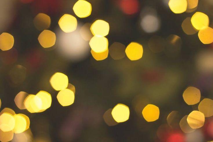 Sárga a lakberendezésben: A harmadik alap szín a sárga,- az végi fények felvillanása előtt ezt hoztam nektek.    figyelemfelkeltő, élénkítő hatású  sötét helyiségeket világosítja, térnövelő  érdemesebb a világosabb, pasztelesebb árnyalatait választani  Kombinálható: szürke, zöld, lila #gddesign23 #gergelydoralakberendezo #sárga #lakberendezés