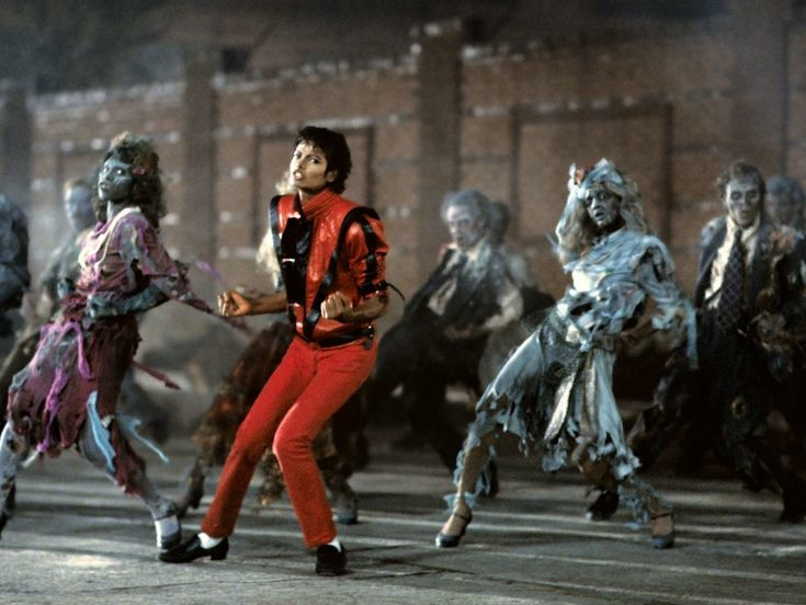 Top 10 Famous Dancers in the World - Michael Jackson
