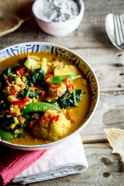 Curry de légumes au lait de coco Coconut Vegetable curry