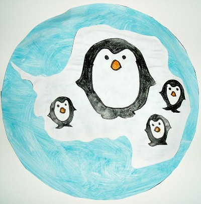 Eve Of The Emperor Penguin written by Mary Pope Osborne and Sal Murdocca is a wonderful story to read to children about Antarctica, and there are so many great activities to go along with the book, like this Penguins In Antartica Globe craft for kids!