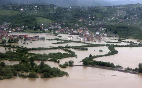 Πλημμύρες στον κάμπο της Άρτας από τις ισχυρές βροχοπτώσεις: Πλημμύρισαν σπίτια, κτηνοτροφικές μονάδες και καλλιέργειες, στην πεδιάδα της…