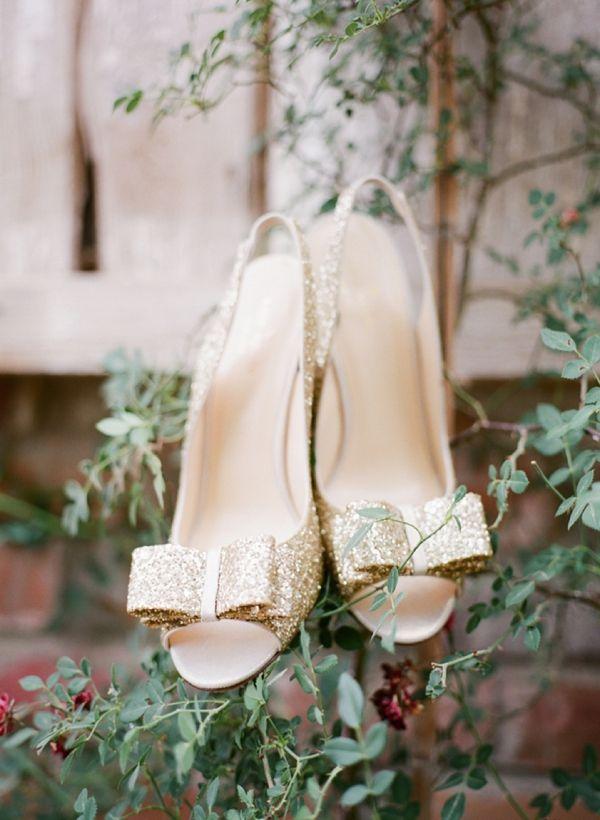 gold wedding shoes http://www.weddingchicks.com/2013/10/03/pink-and-gold-wedding-3/