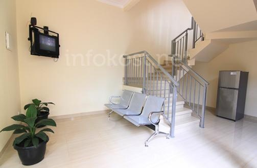 Guest / Waiting Room