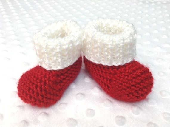 Santa Baby Booties by DesignsbyLeahC | www.designsbyleahc.etsy.com