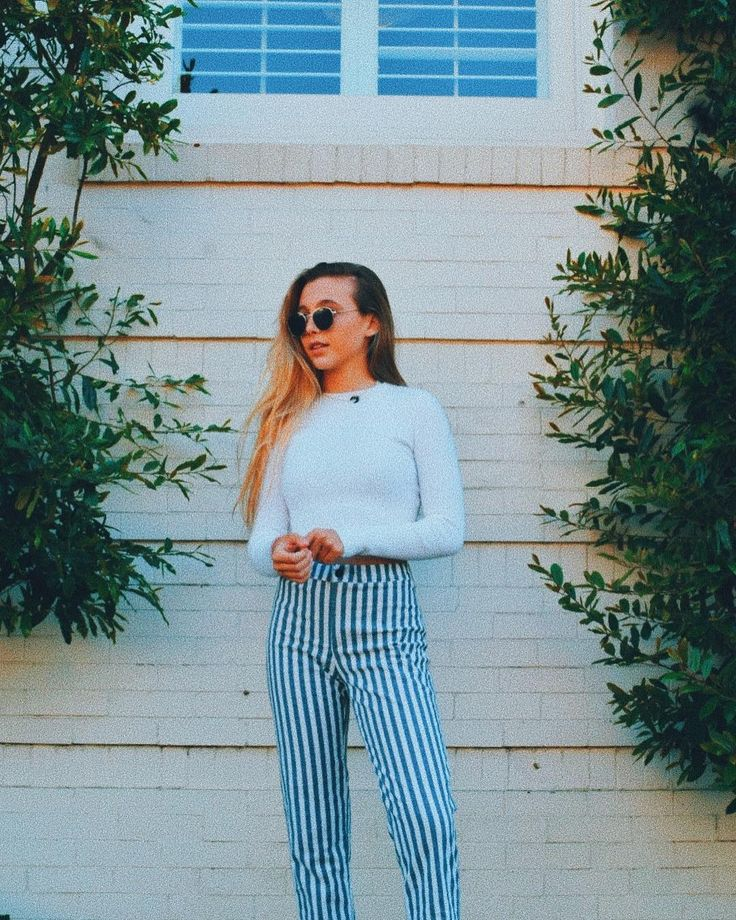 138 Best Emma Chamberlain Images On Pinterest Cannon Canon And Casual