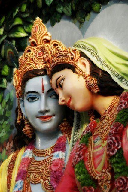 Radha Krishna (via chocolatemedia.de)