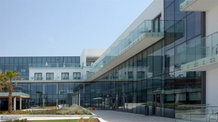 Hotel Gran Conil, Spain Q-RAILING ESPAÑA Tel. +34 972 402 198 sales@q-railing.es