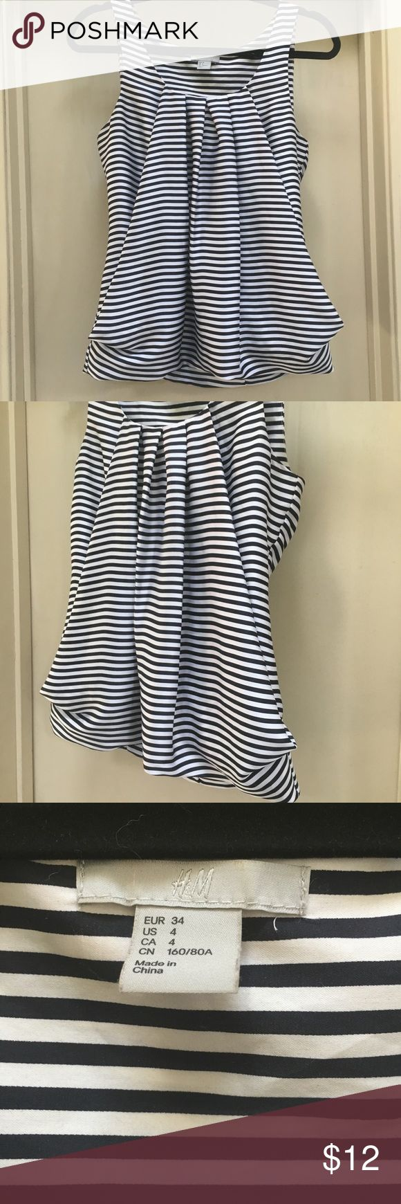 *Charity* H&M Draped Striped Sleeveless Blouse 4 ~* This sell helps benefit the ongoing needs of WV Flood Victims who lost their homes in the devastating floods of 2016~* Excellent condition ~ size 4 ~ very unique and interesting draping gives it volume ~ H & M ~ Balloon hem ~ H&M Tops Blouses