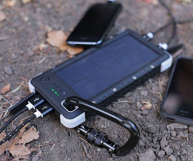 Ensure you're never left stranded when trekking through the wild using this life saving portable solar battery. It comes with indicator lights so you know how much juice you have left and features four USB ports and a small S.O.S. emergency flashlight.