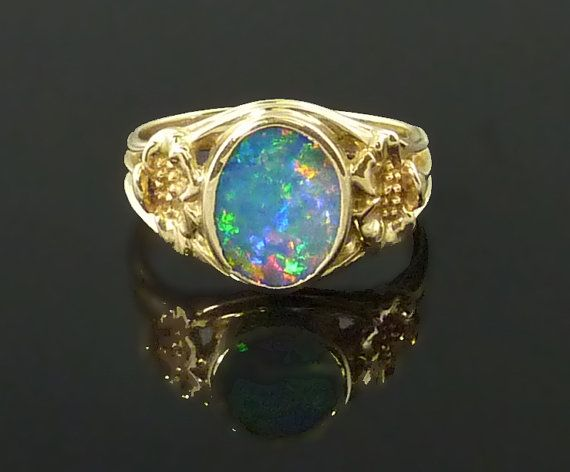 Heck with a diamond engagement ring I won't an opal one!!!