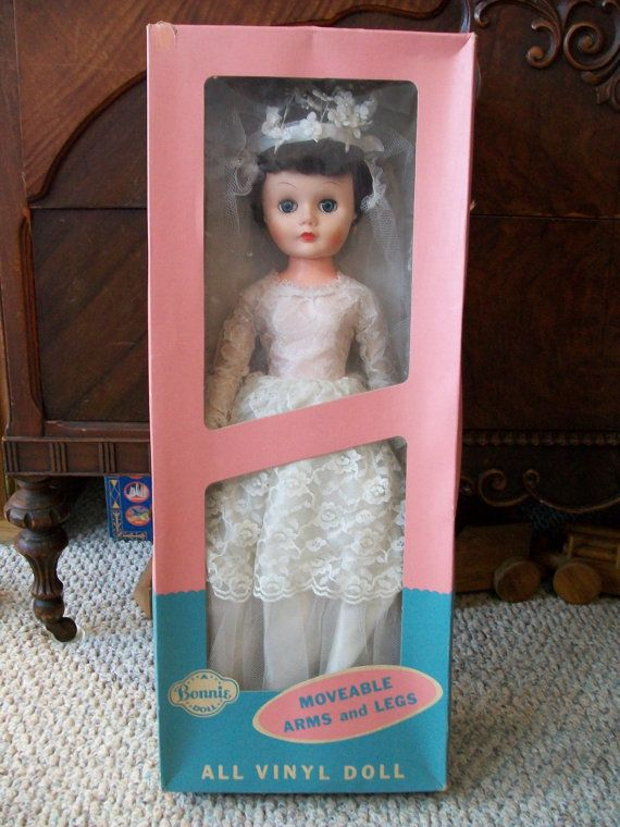 Beautiful Vintage Bonnie Bride Doll By Allied 1960 S 24