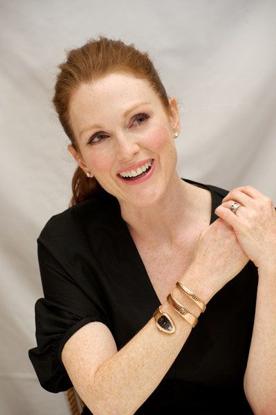 bulgari snake watch julianne-moore-and-bvlgari-serpenti-snake-watch-gallery