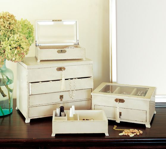 emmett jewelry dresser  http://rstyle.me/n/ed55vpdpe