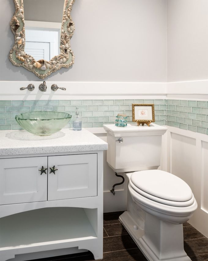 House Of Turquoise: SC Homes Bathroom Tile Color And Placement