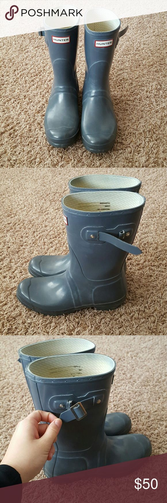 Short Grey HUNTER Boots Re-posh because they are too big for me. :( They are short Grey HUNTER Boots with much life to them. The only thing wrong are the buckles on the side are not attached. Really wished that they fit me. Open to offers! Hunter Shoes Ankle Boots & Booties