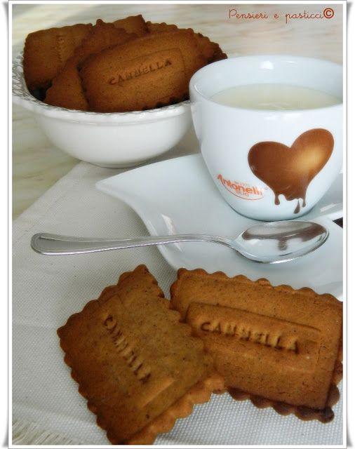 Facciamo merenda? Biscotti alla cannella con miele e cacao | pensieri e pasticci