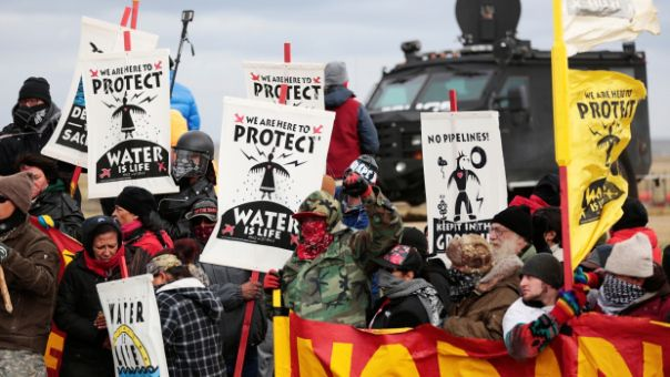 Over the past few months, Indigenous groups have lobbied against the Dakota Access pipeline near the Standing Rock Sioux reservation. Opponents of the 1,900-kilometre pipeline being developed by Texas-based Energy Transfer Partners say it threatens the Missouri River, a source of drinking water for several American states.    dapl-banners-protest