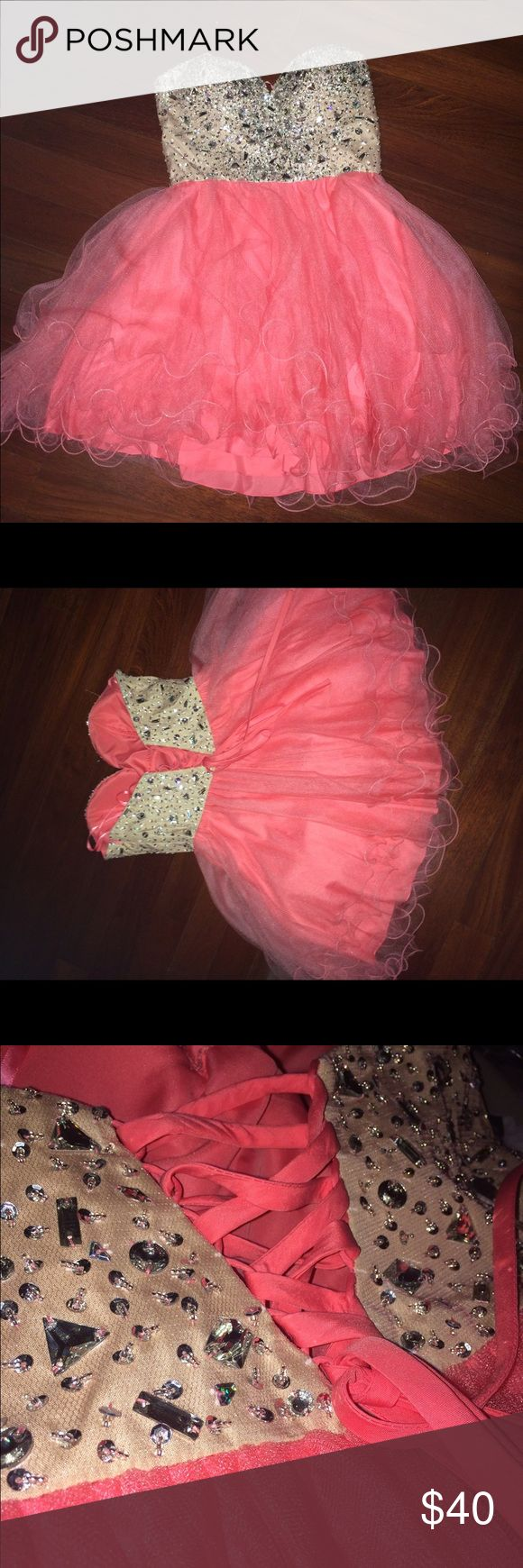 Coral formal dress Corset back, coral with beading, fluffy tool. Dresses Prom