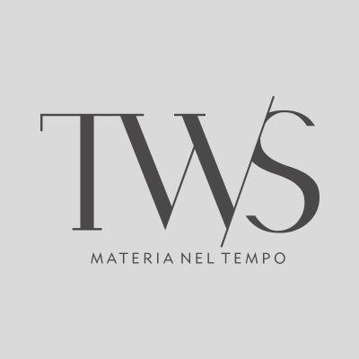 Perla Antique si distingue per il suo colore molto chiaro e per la matericità diversa dagli altri materiali. L'esigenza di un elevato valore estetico-funzionale si traduce in una superficie con un alto grado di antiscivolo, caratterizzata dall'irregolarità della materia che sottolineano il fascino e la natura dei materiali naturali.