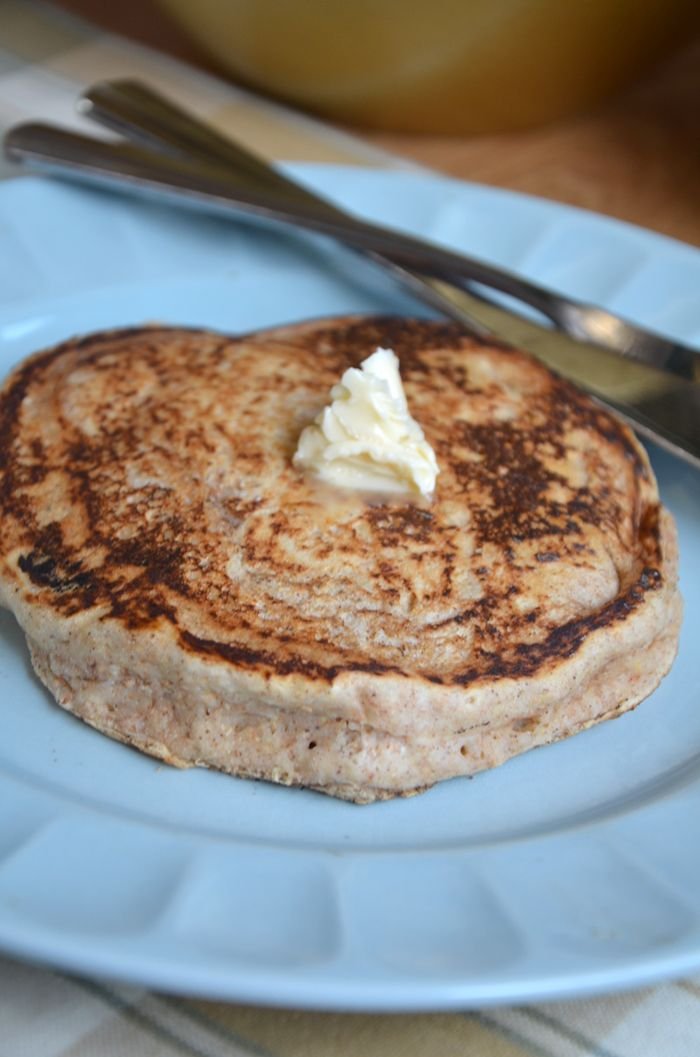 Fluffy Vegan Whole Wheat Pancakes! Oil-Free and no added sugar. #vegan