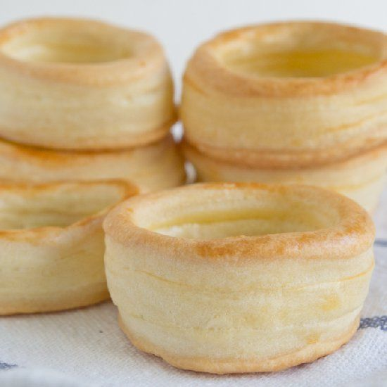 How to make vol au vents. Really easy recipe with only 2 ingredients! (in Spanish)