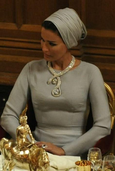 H.H. Sheikha Mozah of Qatar with a stunning diamond necklace.