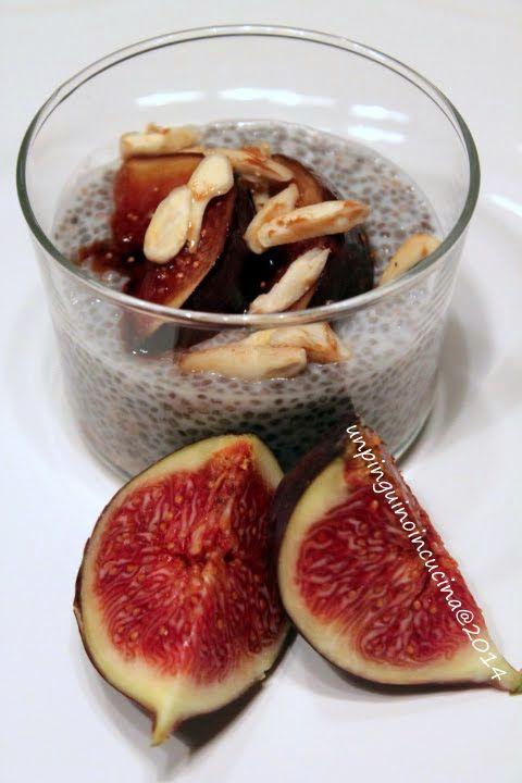 Senza zucchero: Budino di semi di chia con fichi e mandorle tostate