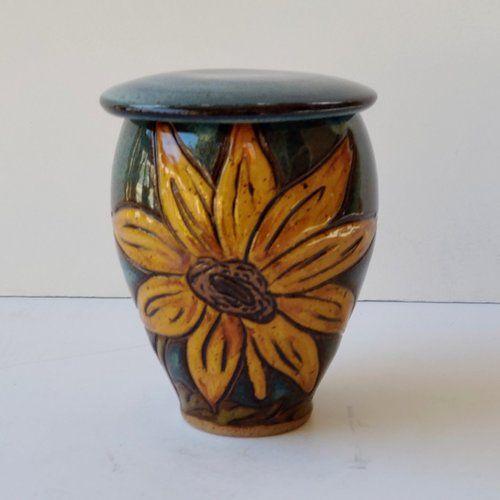 Small Sunflower Pet Urn | Pet urns, Small sunflower, Dog urns