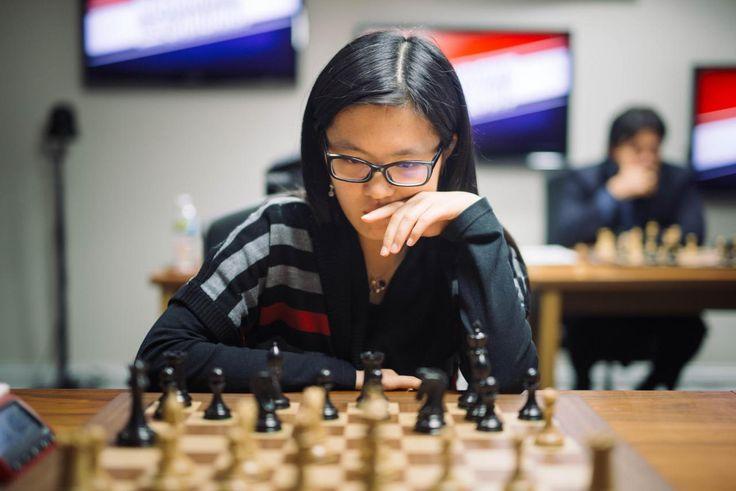 Hou Yifan easily won