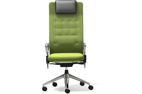 Vitra Bürostuhl ID Trim L. So viele Varianten. Wie wäre es mit Plano-Stoff in Avocado und Alu-Ringarmlehnen? Kombiniere Deinen Trim, wie er dir gefällt: auf prooffice.de #bürostuhl #stuhl #drehstuhl #office #büro #chair #officechair #swivelchair #design #green #grün