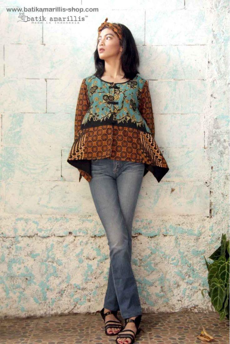 Batik Amarillis webstore www.batikamarillis-shop.com Our new fave's signature patchwork vest  in Batik Wonogiren in owl series :)