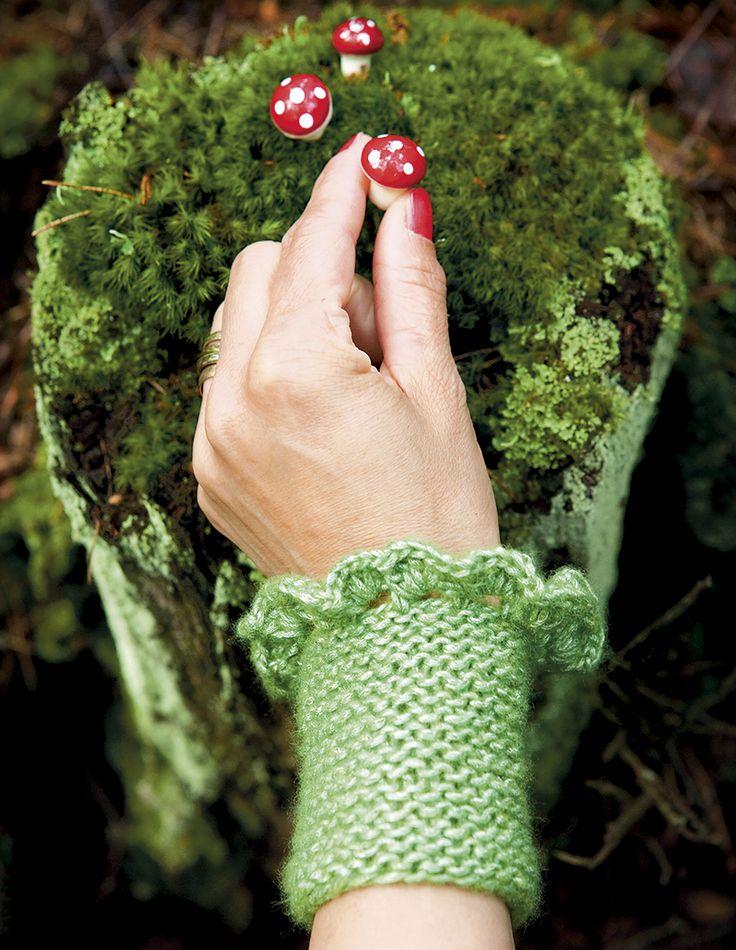 Julpyssel 14: Sticka varma handledsvärmare