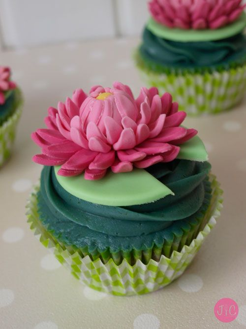 Lotus Cupcake Artistic Delights Pinterest Lotus And Food