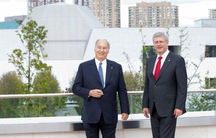 His Highness the Aga Khan and Prime Minister Stephen Harper at the opening of the Aga Khan Museum in Toronto, Sept 12, 2014 (Photo: Prime Minister's office)