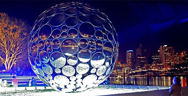Brisbane Festival's most popular art installation returns to River Quay South Bank, complementing the city skyline with its lustrous mirrors and shimmering reflections.     This stunning Golden Casket Light Sphere designed by Tony Assness will fascinate visitors of all ages as it looks out over the river and creates a remarkable sight at night.    Golden Casket Light Sphere, 8 - 29 September, 2012.