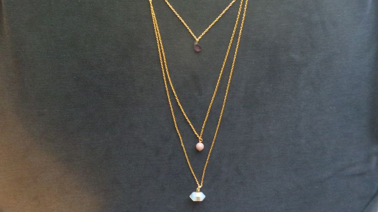Sautoir Gypsy-chic avec pierres améthyste ,rhodonite et  hexagone opale